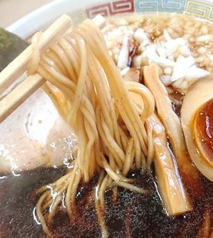 煮干し麺の写真